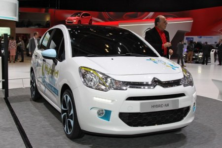 http//www.avtomanual.com/uploads/posts/2013-03/thumbs/1363947946_citroen-hybrid-air-2013.jpeg